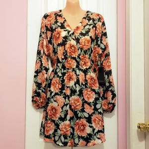 Forever 21 Floral Print V-Neck Chiffon Wrap Dress